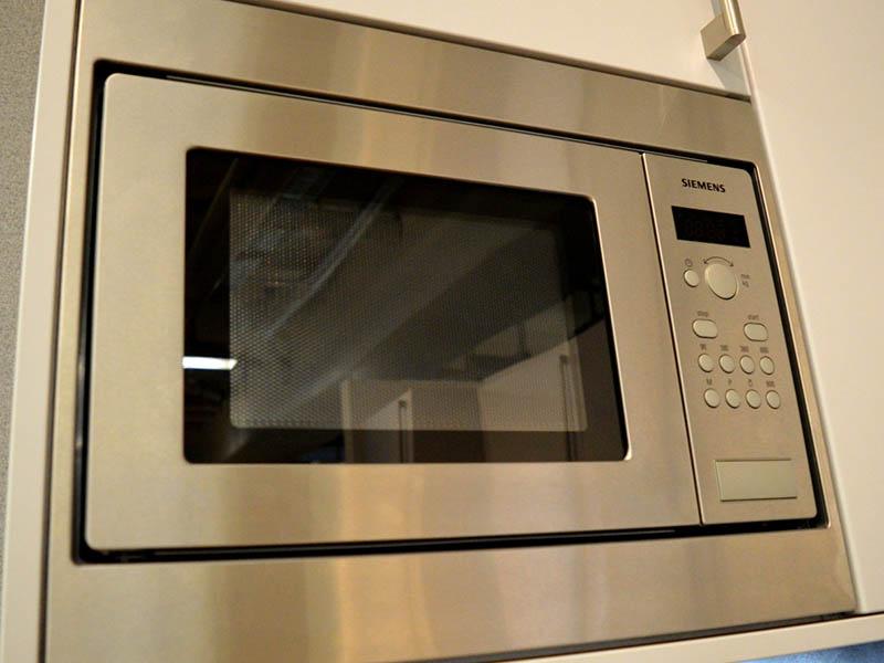 Angebote Küchen AV1010 Siemens Mikrowelle Wollenberg