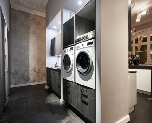 Küchenstudio Wollenberg Waschmaschine-Trockner Schwarzstahl AV1075 kaufen